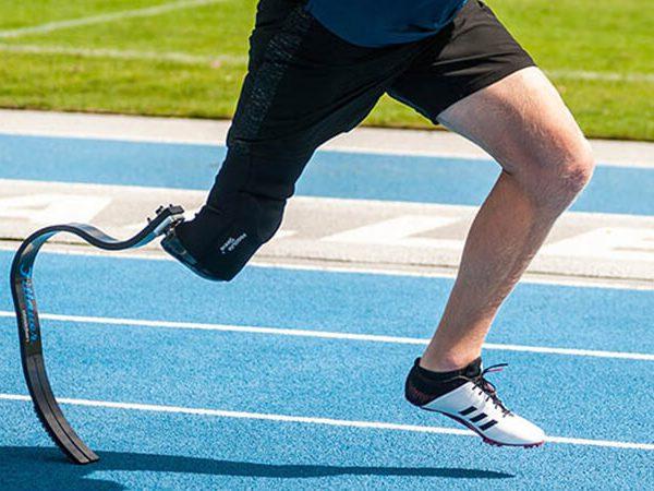 زانو در پای مصنوعی